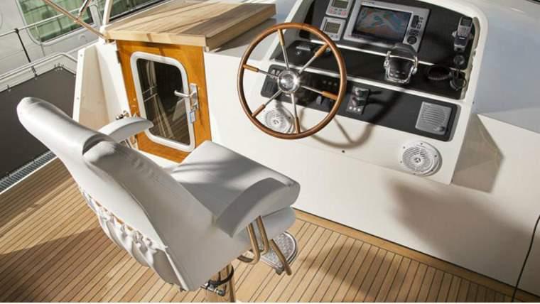 arenda-yacht-parusnikov-niderlandy