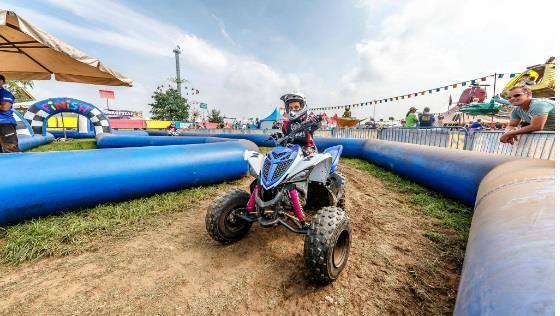 chernyj-motocross-niderlandy