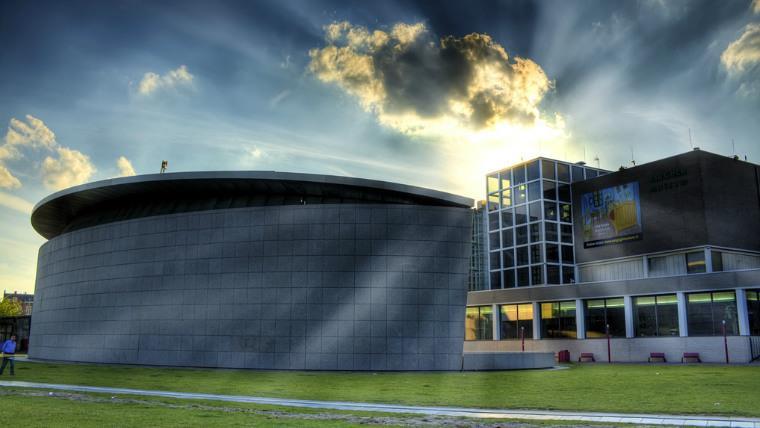 ekskursiya-muzej-van-gogha