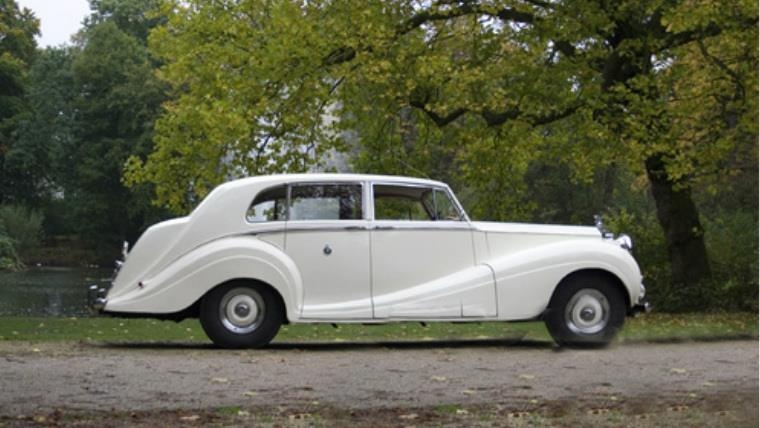 rolls-royce-silver-wraith-white-1953