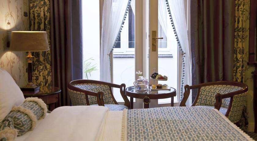 hotel-estherea