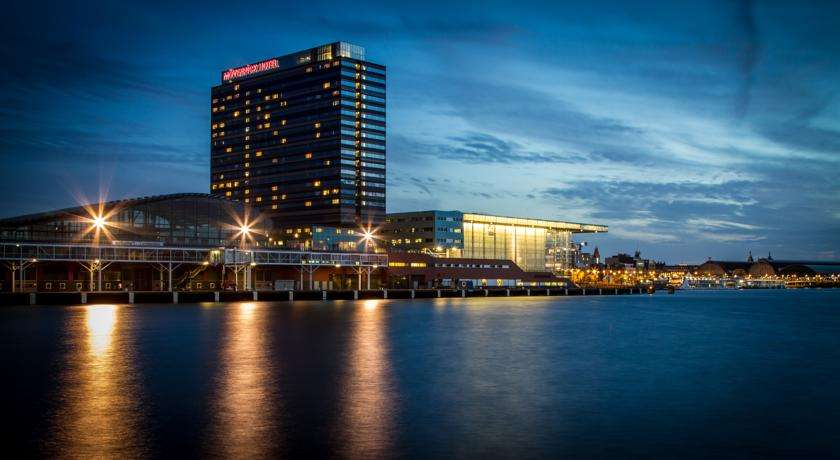 movenpick-hotel-amsterdam-city-centre