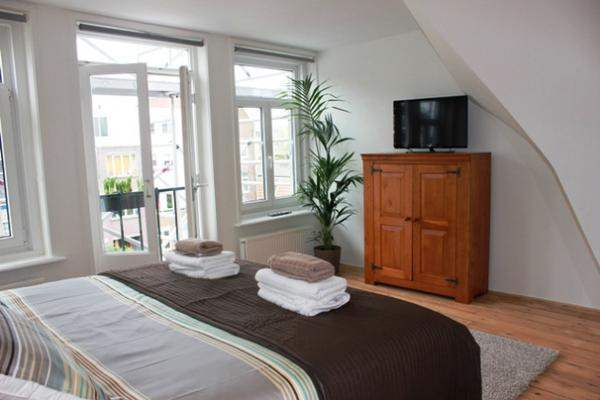 eland-apartment-amsterdam