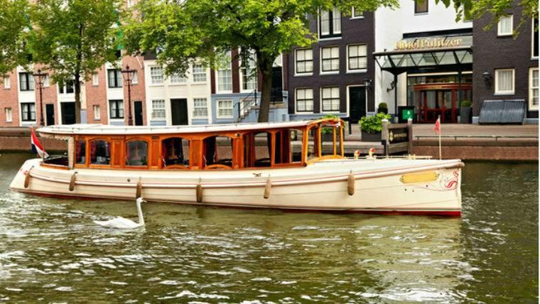 ekskursiya-korablik-amsterdam