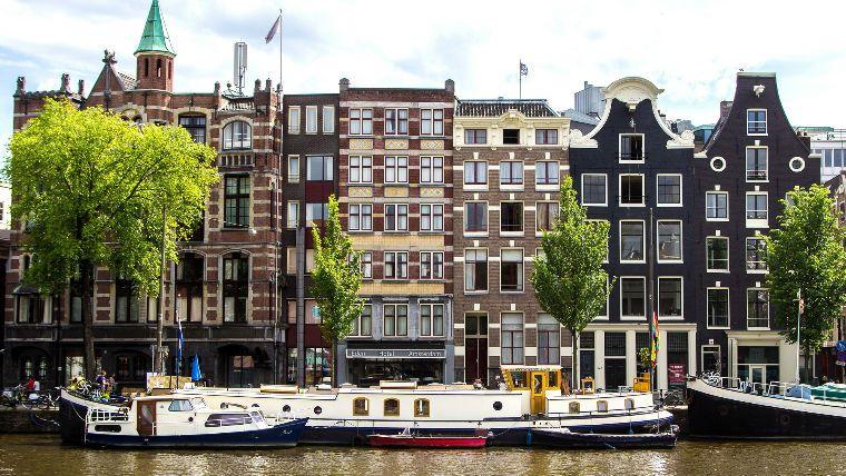 квест по каналам Амстердама