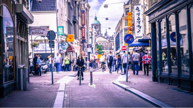Квест по Амстердаму на скутере