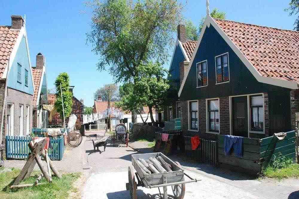 Энкхаузен экскурсия Нидерланды