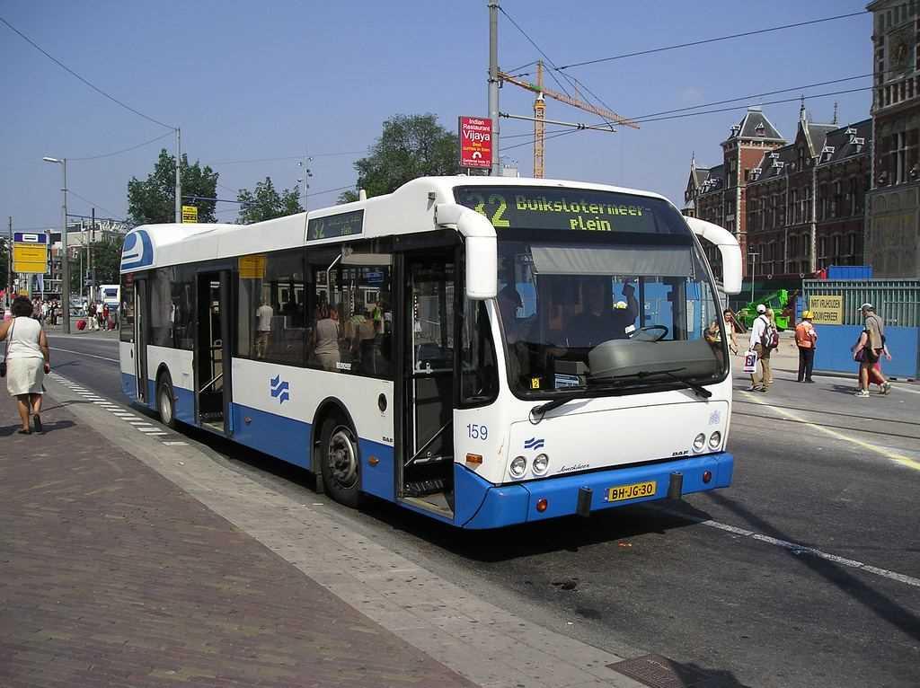 Общественный транспорт Амстердама