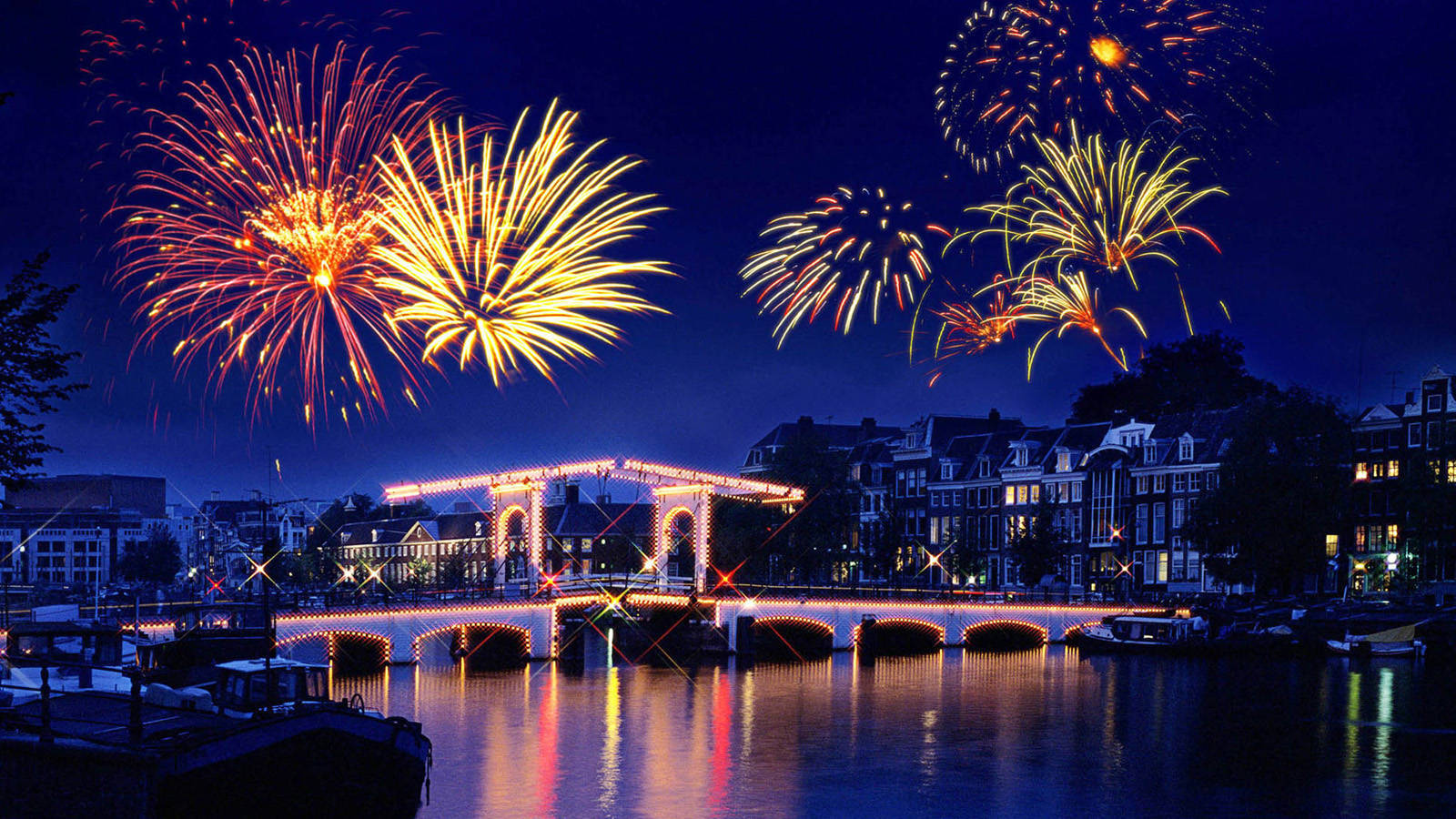 Куда пойти в Амстердаме в новогоднюю ночь