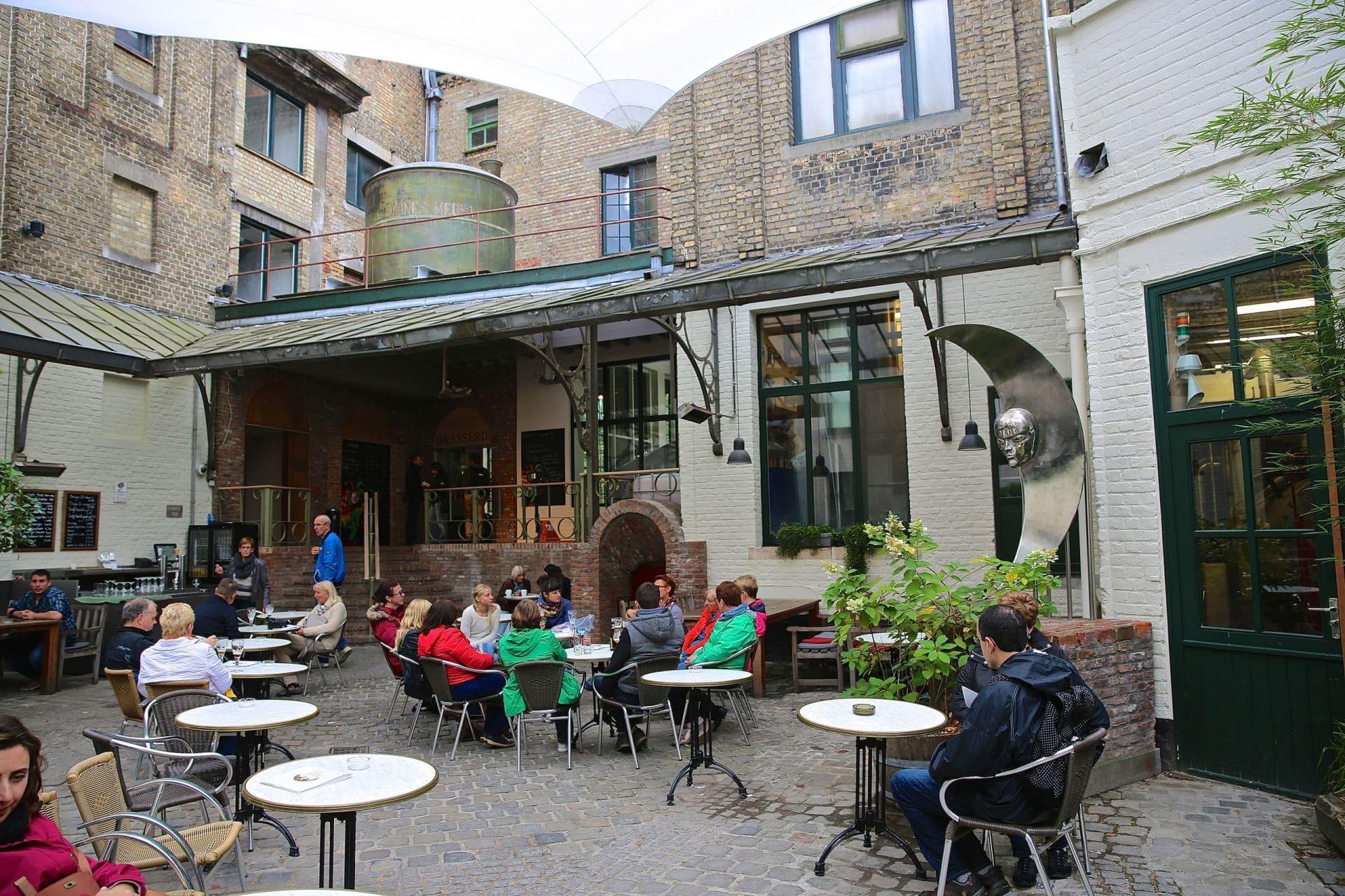 Пивоварня De Halve Maan (Полумесяц) в Брюгге