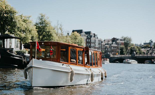 аренда частного кораблика Амстердам