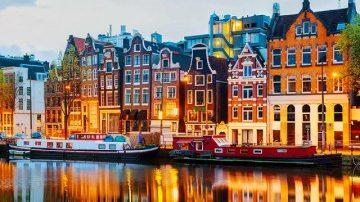 Брюссель, Брюгге, Париж: куда съездить из Амстердама?