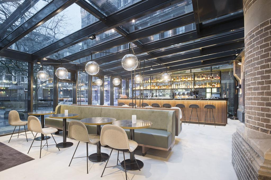 бар отеля Амстердам Pestana Amsterdam Riverside