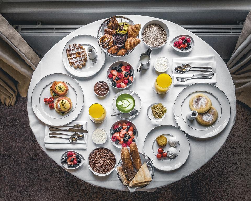 отель Waldorf Astoria Amsterdam завтрак