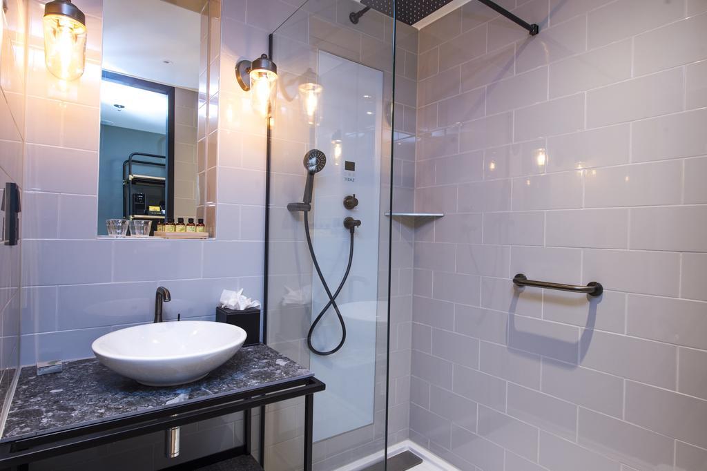 отель Амстердам Ijburg Four Elements ванная