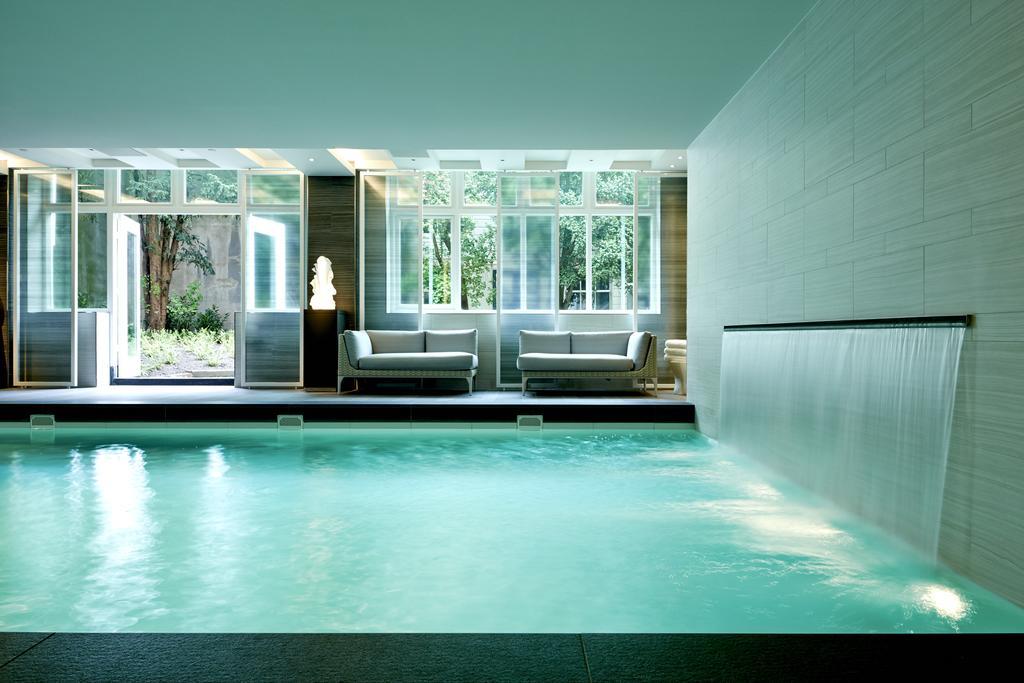 отель Waldorf Astoria Amsterdam бассейн