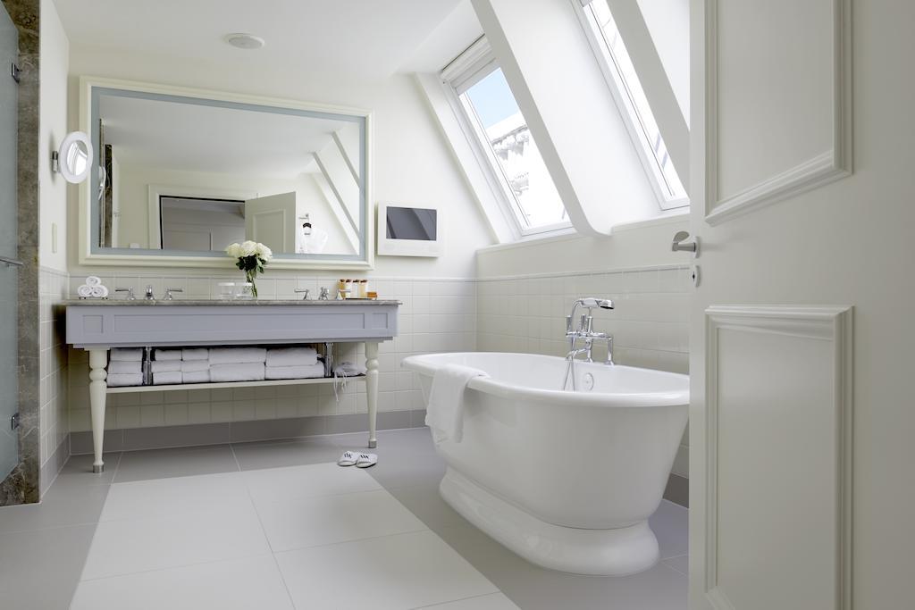 отель Waldorf Astoria Amsterdam ванная