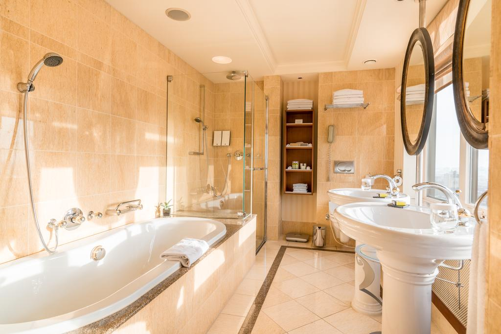 отель Okura Amsterdam ванная