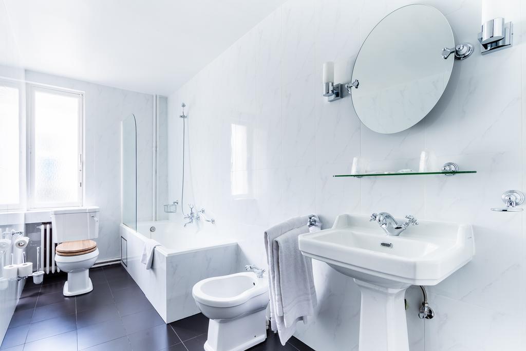 отель Брюссель Des Colonies ванная