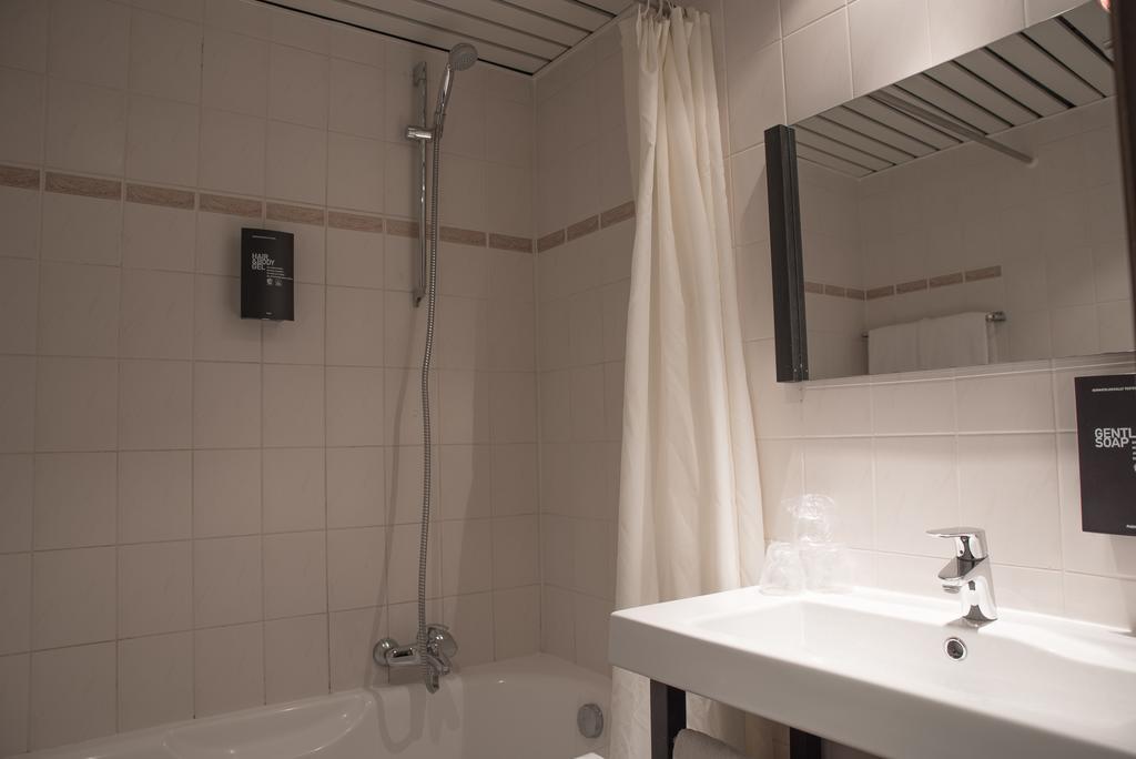 отель Floris Ustel Midi Брюссель ванная