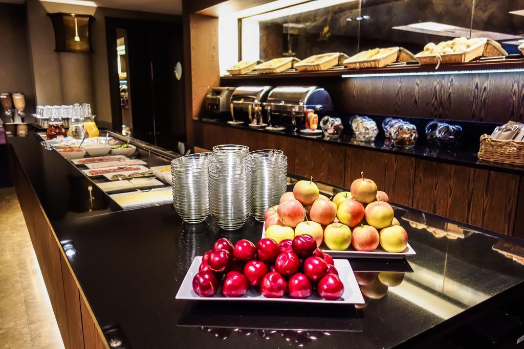 Отель Marivaux Брюссель завтрак