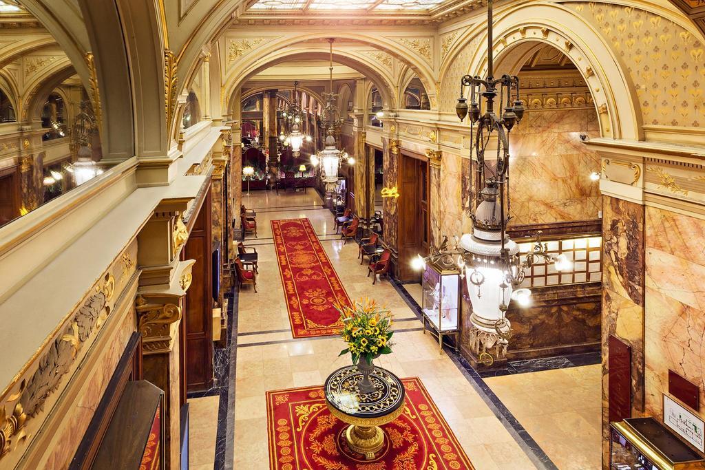 отель Metropole Брюссель холл
